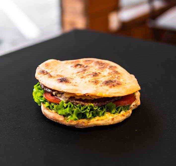 MEGA BIK-ov burger